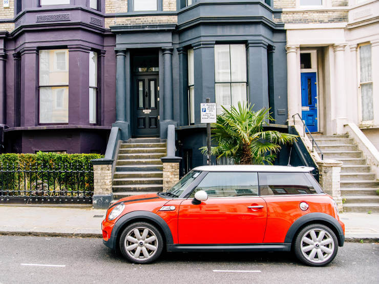 red-mini-parked-on-london-road